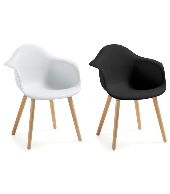 conception kevya bois naturel fauteuil en plastique centrolandia. Black Bedroom Furniture Sets. Home Design Ideas